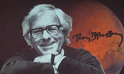 theme of dark they were and golden eyed by ray bradbury By ray bradbury dark they were, and golden-eyed theme the author, ray bradbury, wrote this story to entertain he probably also wrote this because of life influences.